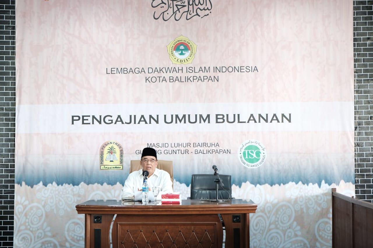 Ketua DPD LDII Kota Balikpapan H Herry Fathamsyah SE saat mengawali sambutan. Foto: LINES