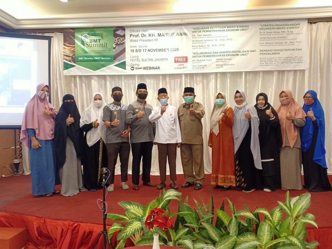 Peserta Ibu-ibu Webinar BMT Summit 2020 di Balikpapan, Senin (16/11). Foto: Zain
