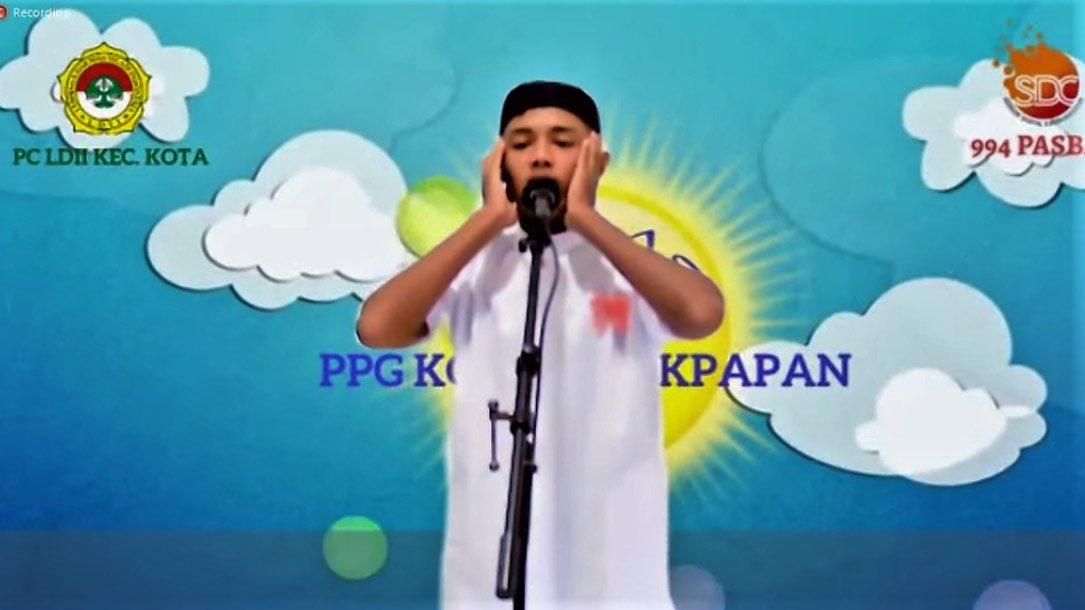 Salah satu peserta lomba adzan dan iqamah dari PC LDII Kecamatan Balikpapan Kota.