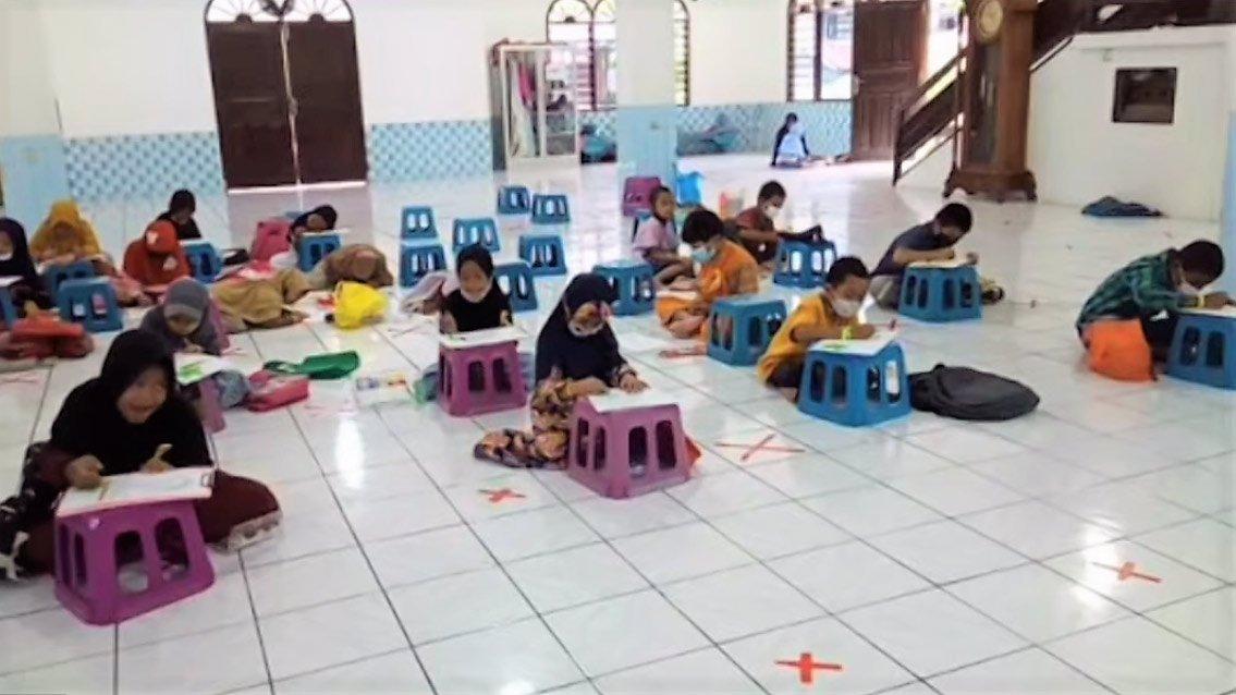 Lomba Kaligrafi dari PC LDII Kecamatan Balikpapan Tengah.